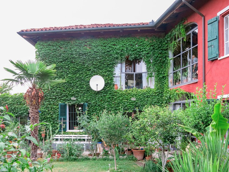 Campanella (AST170), holiday rental in Stazione di Portacomaro