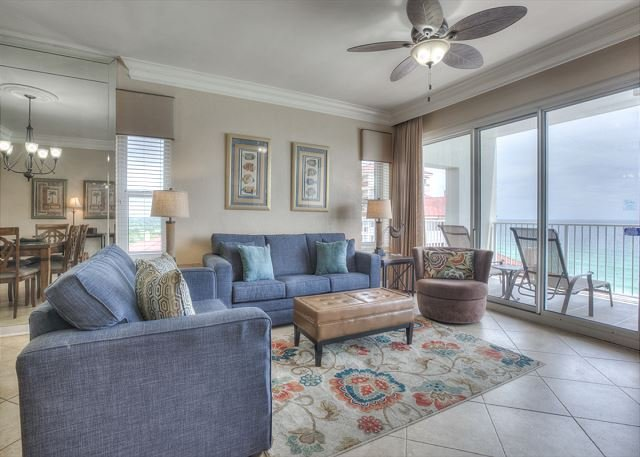 Tops'l Tides 1001 - Enjoy stunning waterfront views from wrap around balcony, vacation rental in Miramar Beach