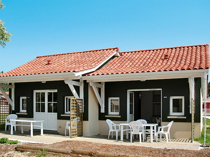 Les Rives de St. Brice (ADS105), vacation rental in Claouey