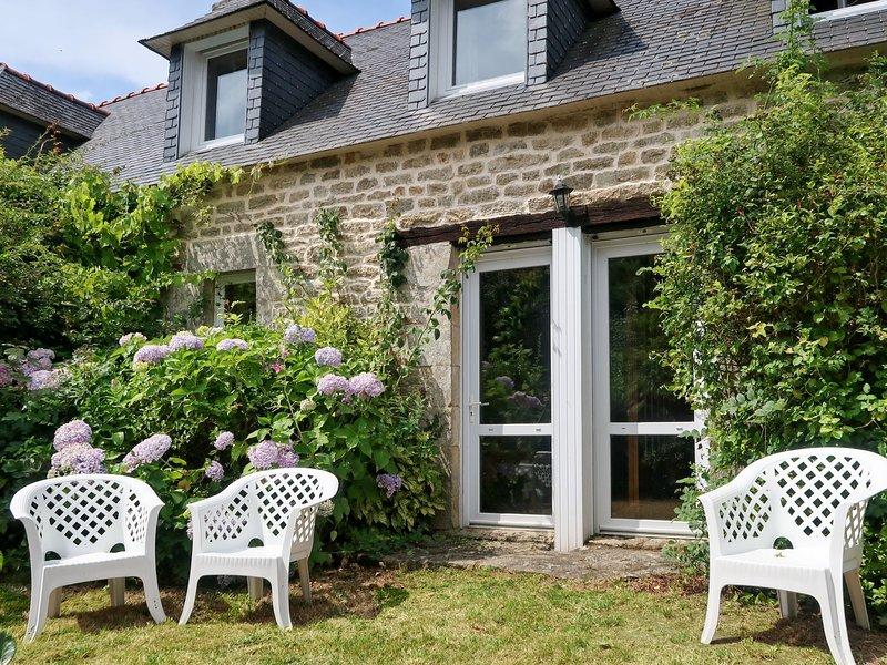 La Ferme Bis (LOY113), casa vacanza a Pont-l'Abbe