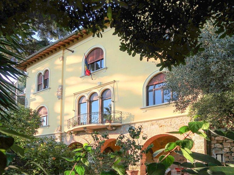 Fuor del Vento (AAO170), vacation rental in Semino