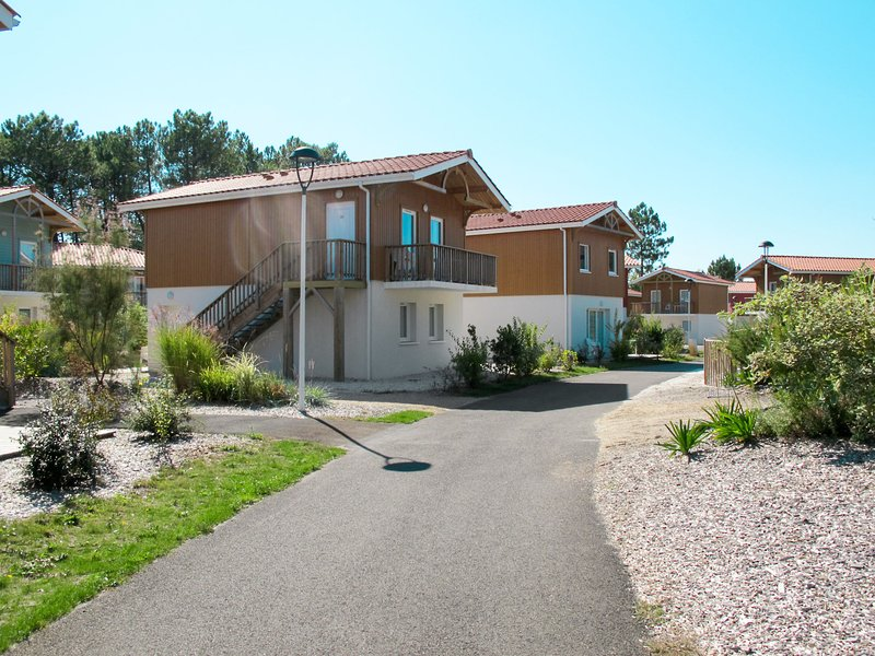 Le Domaine des Grands Lacs (PNS202), vacation rental in Liposthey