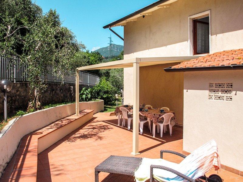 Cristina (CMA176), vacation rental in Monteggiori