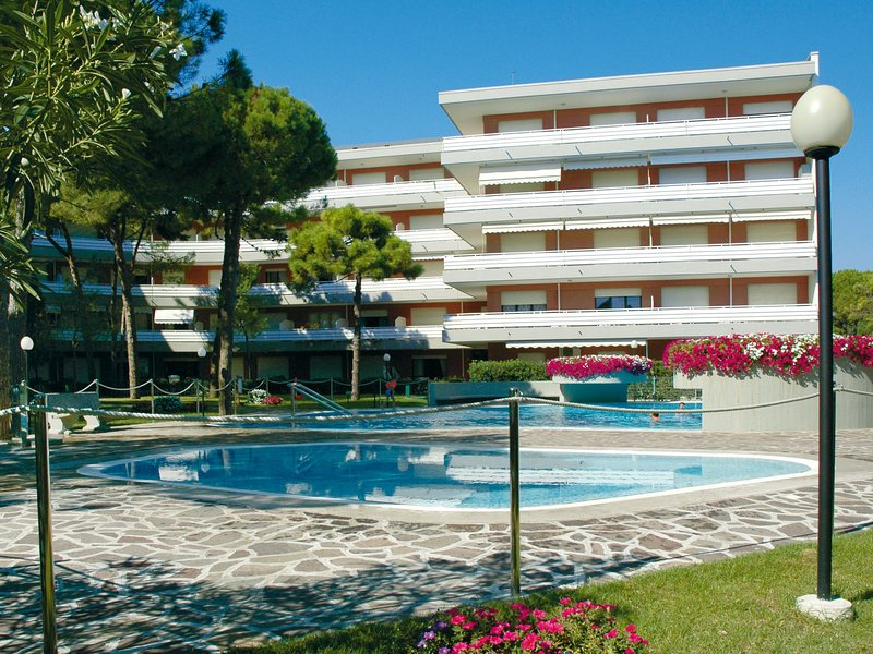 La Meridiana (LIG401), holiday rental in Lignano Riviera