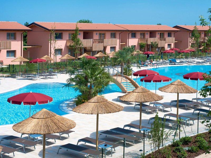 Green Village Resort (LIG203), holiday rental in Aprilia Marittima