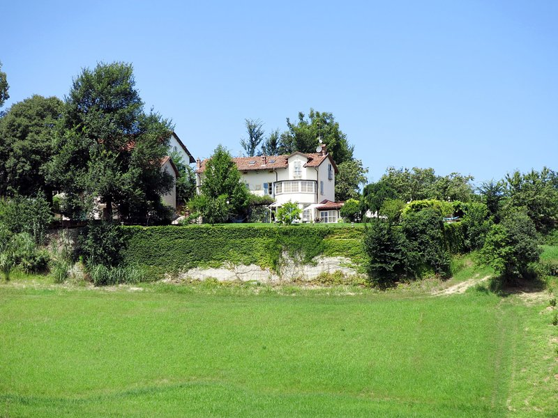 La Meridiana (SDI105), holiday rental in San Damiano d'Asti