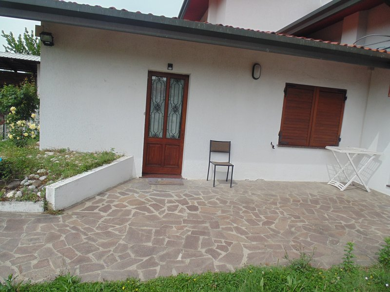 Casa dependance a Preganziol (Venezia, Treviso) con giardino, location de vacances à Quinto di Treviso