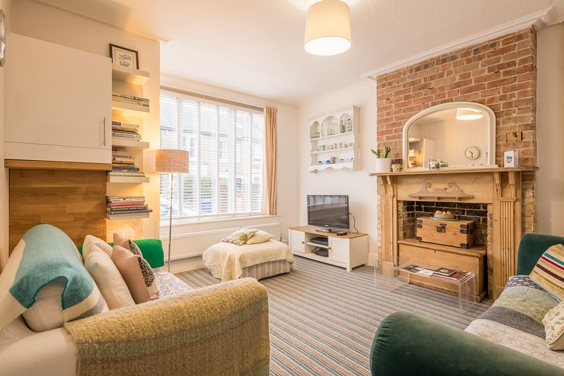 Cosy and Comfortable 3 Bedroom Cambridge Home, holiday rental in Madingley