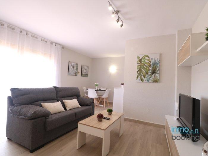 InmoBooking Indasol building, central and free wifi, location de vacances à Reus