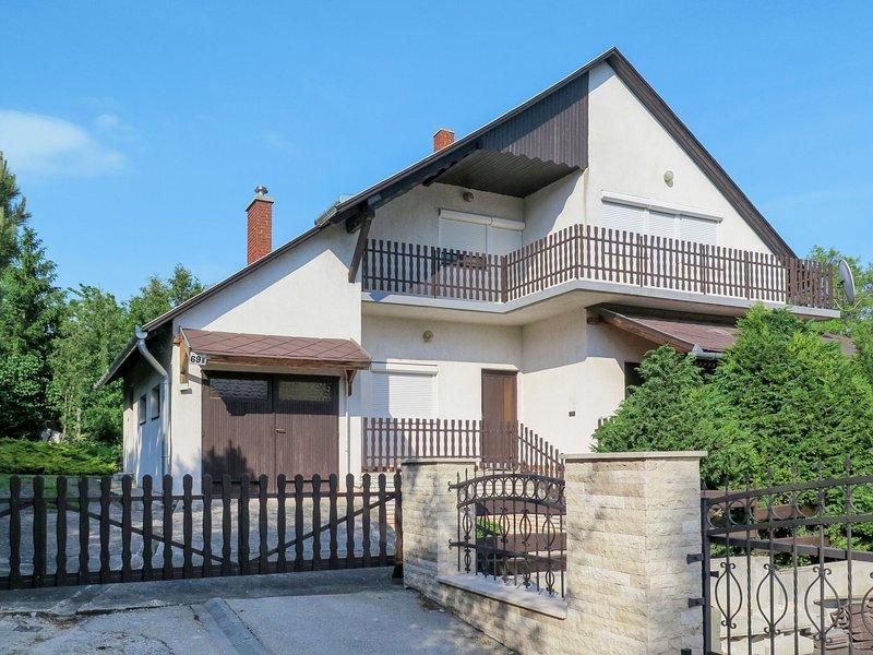 Fehervari (ALD301), casa vacanza a Veszprem