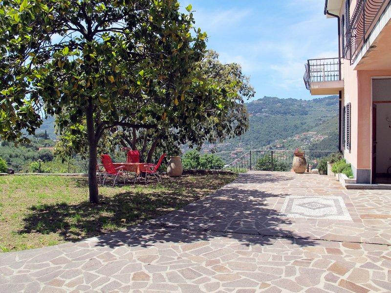 Coty (IMP522), holiday rental in Pontedassio