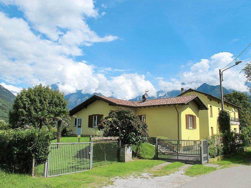 Pippo (SRC150), vacation rental in Dascio