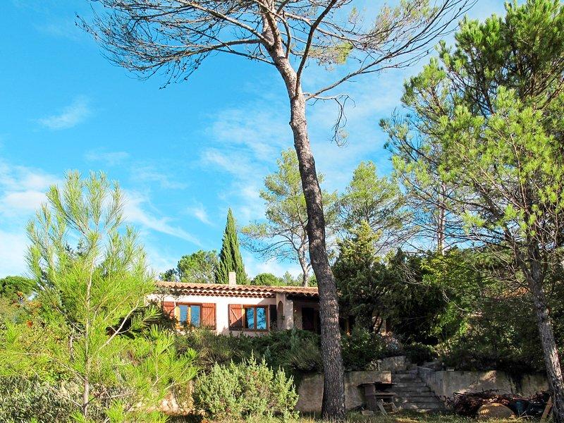 Les Beaux Quartiers (VSY100), vacation rental in Cabasse