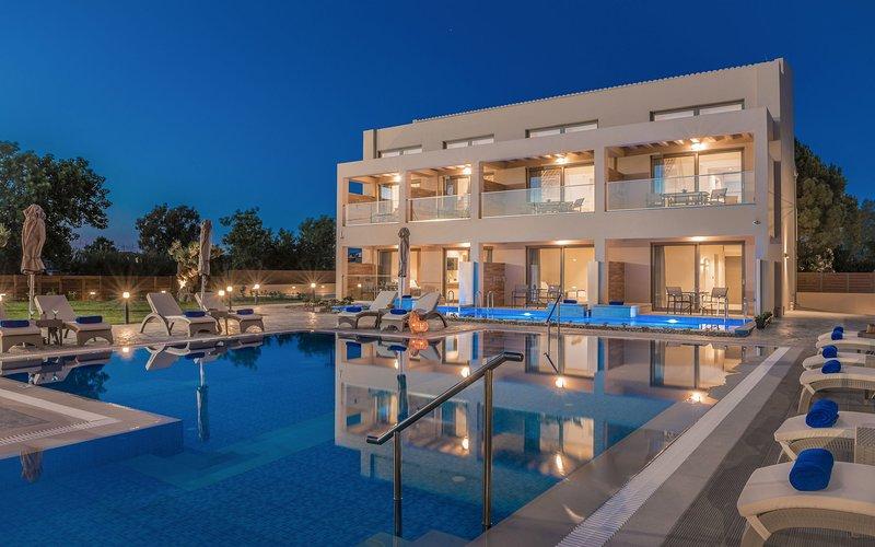 Mystique Luxury Suites & Maisonettes - 1st Floor Maisonette 50 sq.m, holiday rental in Laganas