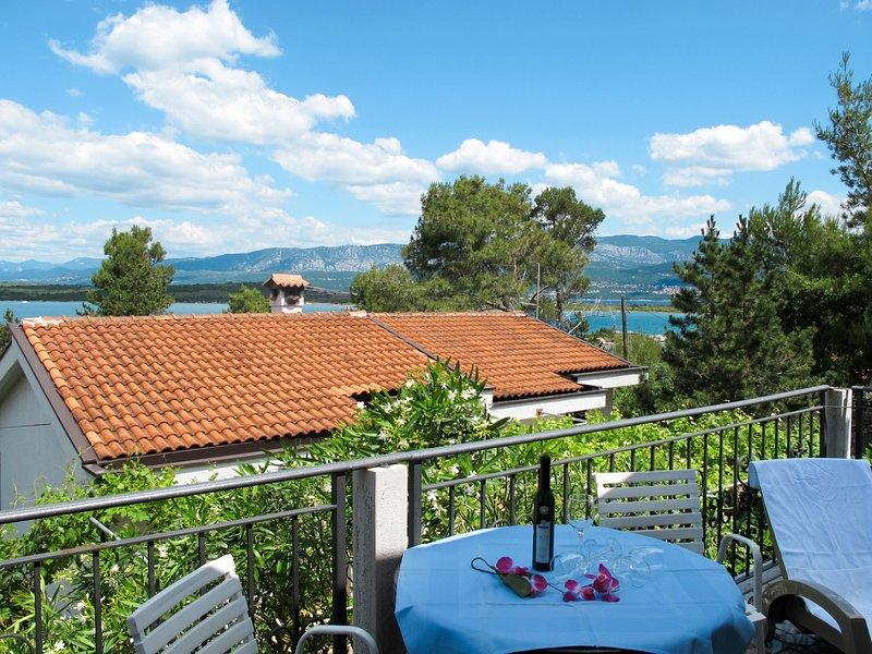 Maravic (MLK161), holiday rental in Klimno