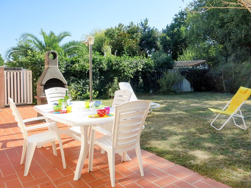 Les Franches (IDO205), holiday rental in Dolus-d'Oleron