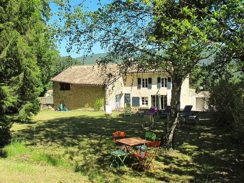 La Chambaillarde (DLF120), holiday rental in Rochebaudin