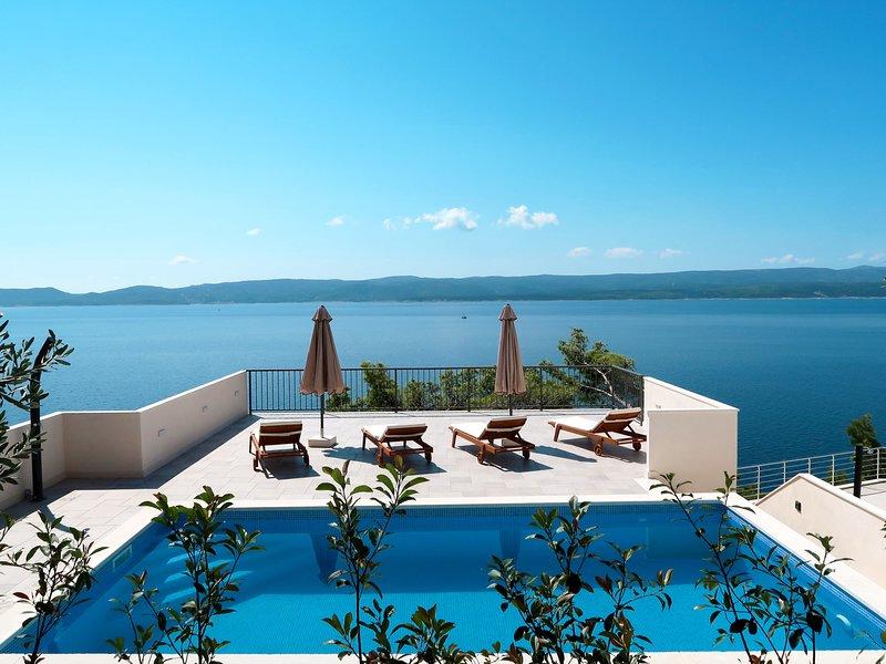 Lada (OMI205), vacation rental in Marusici