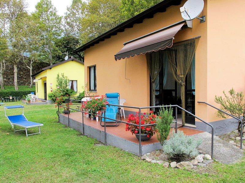 La Torre - Albicocca (SRC115), vacation rental in Sorico