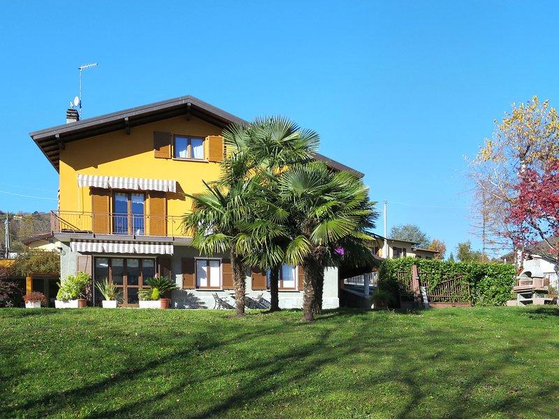 Paola (VIV130), vacation rental in Schignano