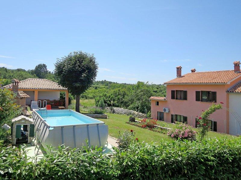 La Donja (LBN340), casa vacanza a Zupanici