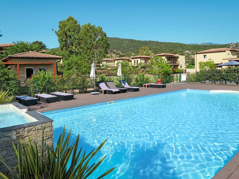 Marina di Favone (FAV100), vacation rental in Favone