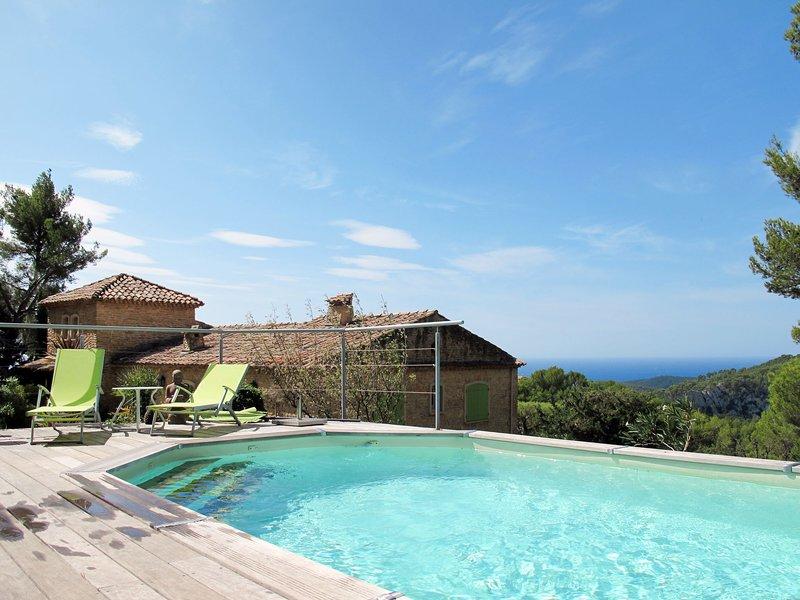 Un petit coin de paradis (LCD130), holiday rental in La Cadiere d'Azur