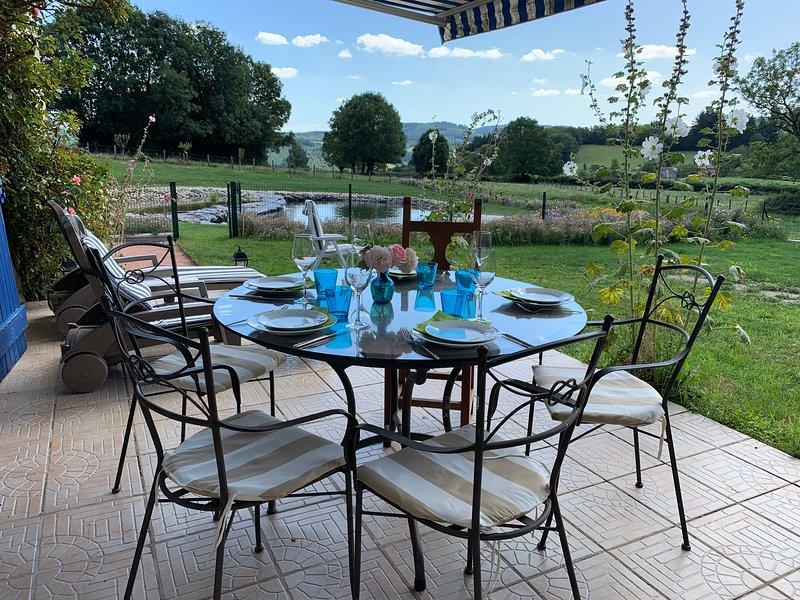 Campagne pure, charmante ferme rénovée, holiday rental in Bois-Sainte-Marie