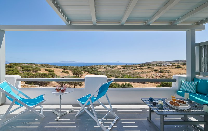 Seascape Blanc Residence, vacation rental in Drios