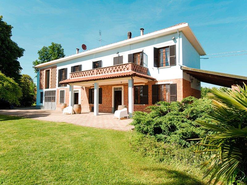 San Giacomo (SDI300), vacation rental in Cantarana