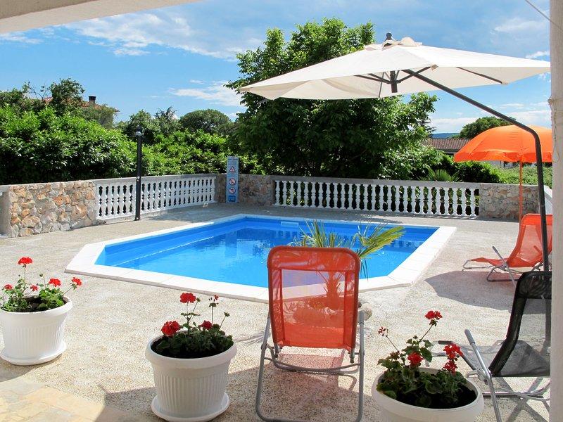 Mira (KRK145), vacation rental in Njivice