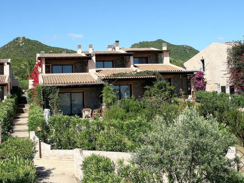 Residence Delphino (REI250), location de vacances à Cala Sinzias