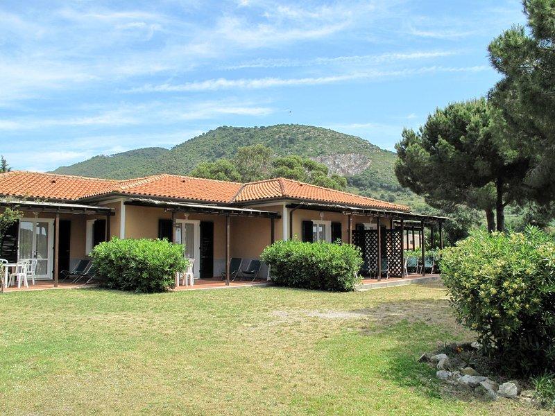 Elbamar Lacona II (LAC120), vacation rental in Lacona