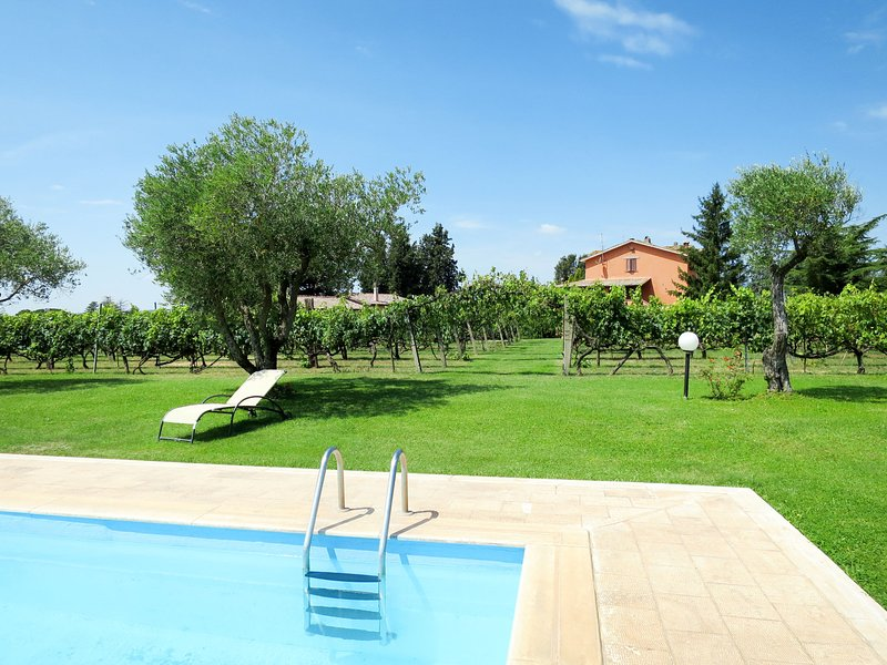 Santa Bruna (OTE110), vacation rental in Penna in Teverina