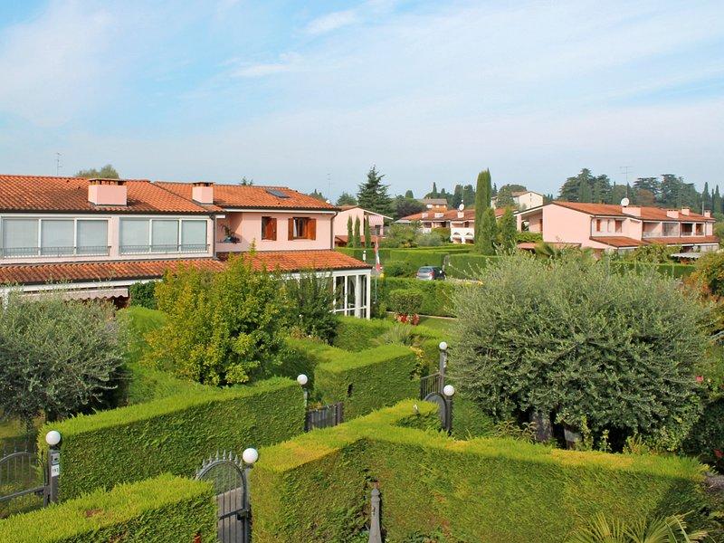 I Vigneti del Garda (LAZ460), holiday rental in Ronchi