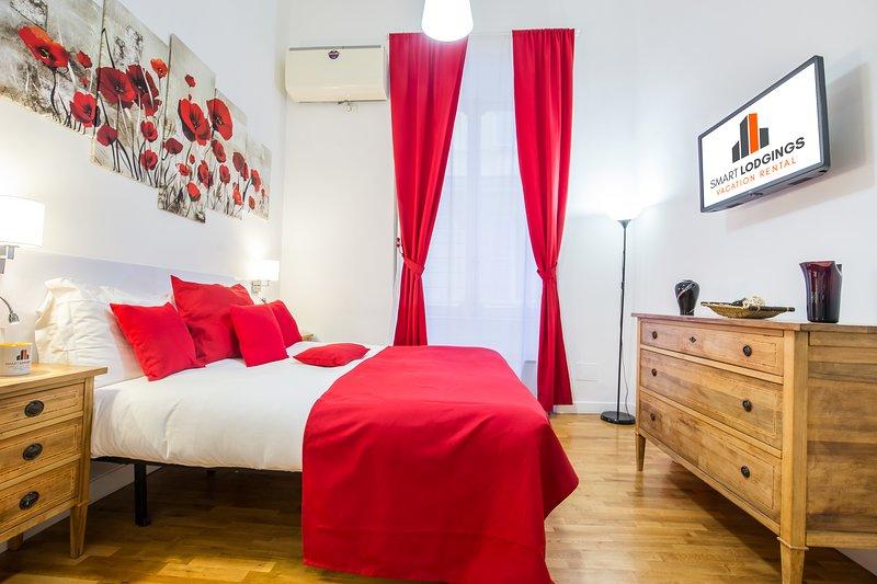 Bedroom - Smart Lodging Red