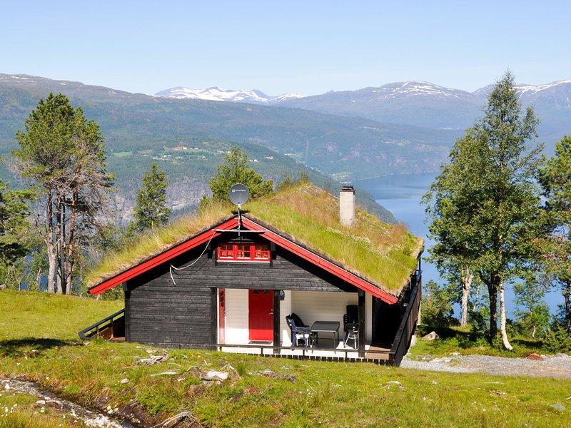 Utsikten (FJS300), casa vacanza a Olden