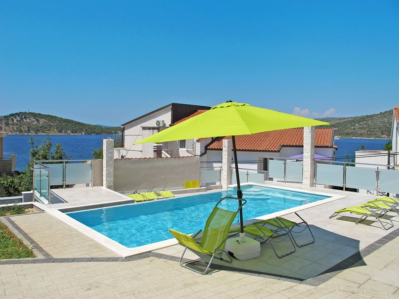 Galeb (ROZ100), vacation rental in Razanj