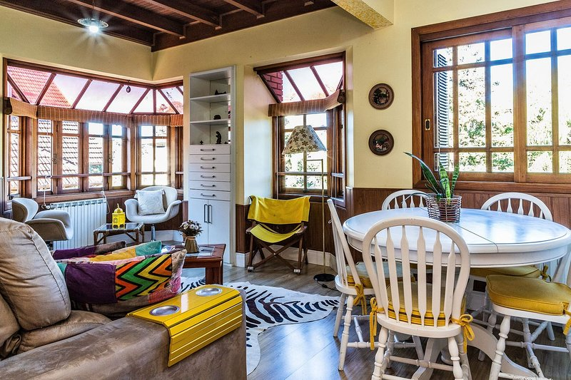 LOCAR-IN GRAMADO Cobertura Duplex Centro, casa vacanza a Gramado