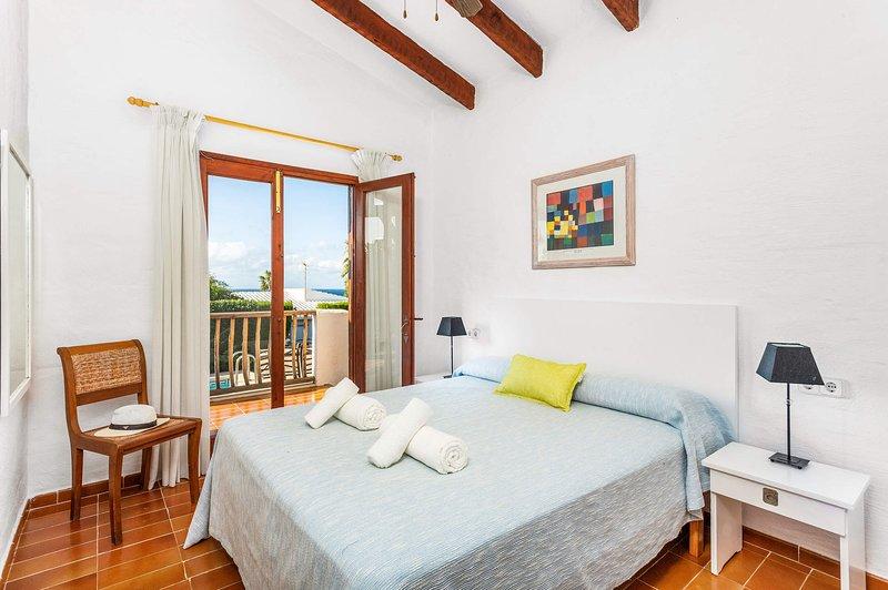 Habitación principal, aire acondicionado , armarios empotrados, salida a la terraza