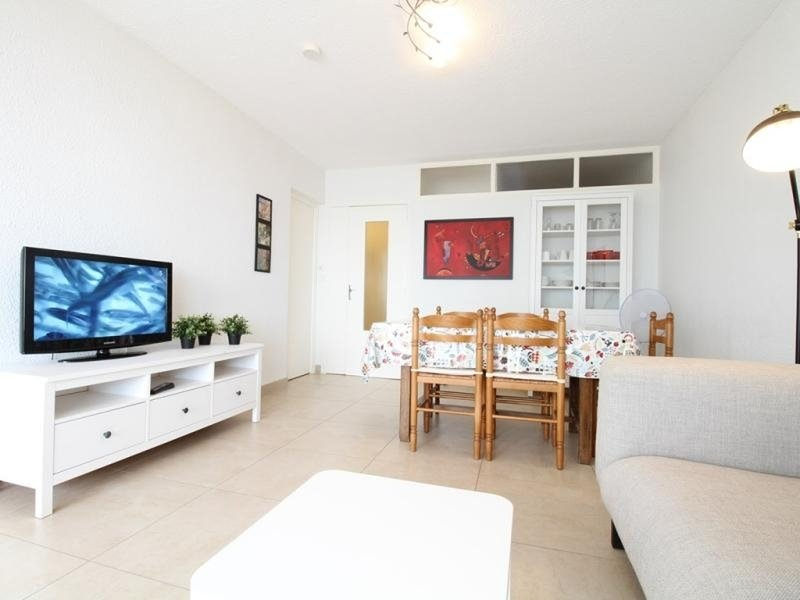 Appartement T3 - RESIDENCE LE COLBERT, holiday rental in Bouzigues