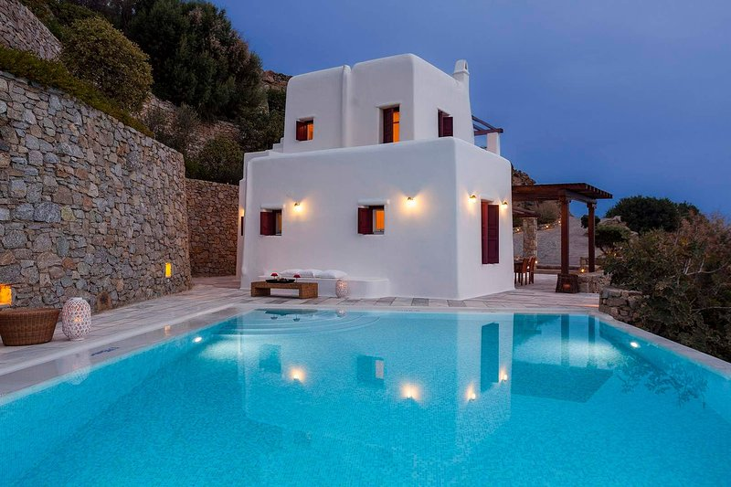 Mykonos Villa Sleeps 8 with Pool and Air Con - 5748257, holiday rental in Agios Sostis