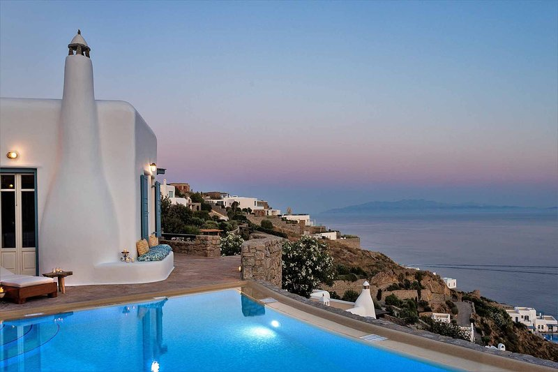 Mykonos Villa Sleeps 6 with Pool and Air Con - 5806851, holiday rental in Agios Sostis