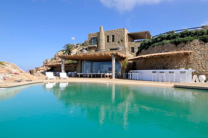 Mykonos Villa Sleeps 16 with Pool and Air Con - 5821796, holiday rental in Agios Sostis