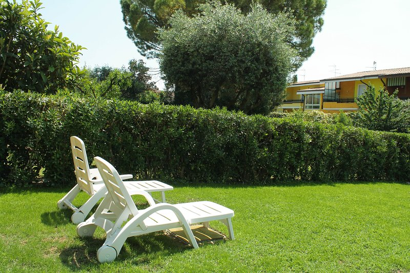 Sirmione's Flower- CIR 017179-CNI-00423, holiday rental in Pozzolengo