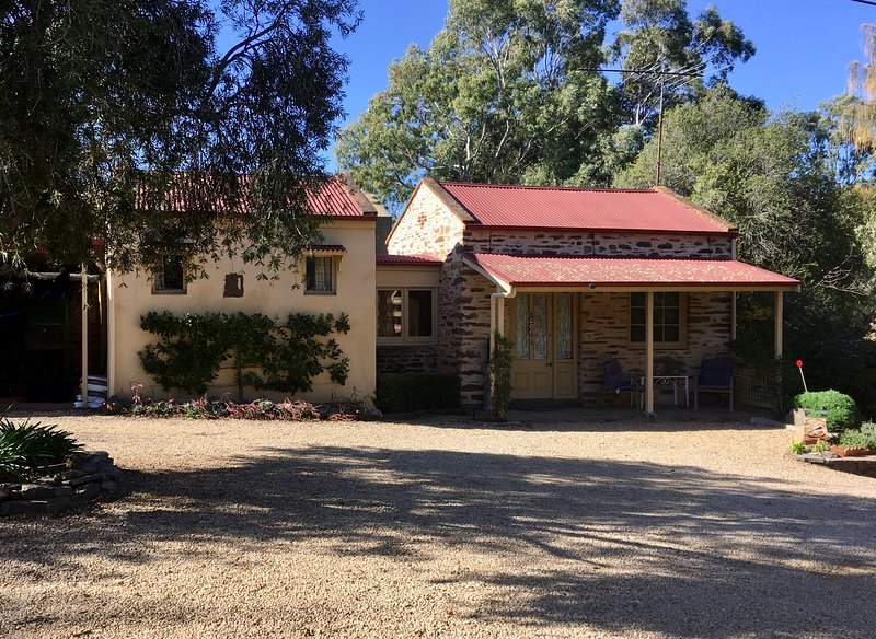 Gasworks Stables Cottage, holiday rental in Strathalbyn