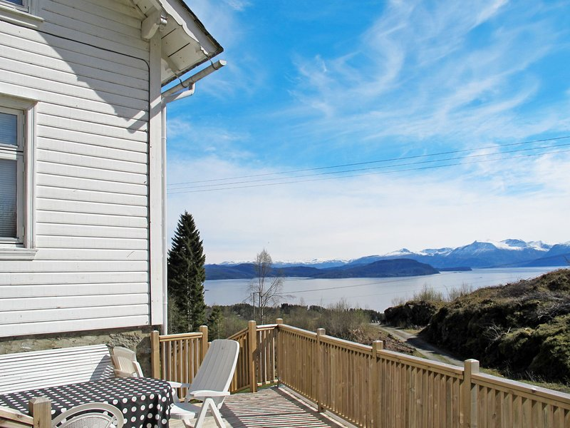 Nordalstunet (FJH637), holiday rental in Stord Municipality