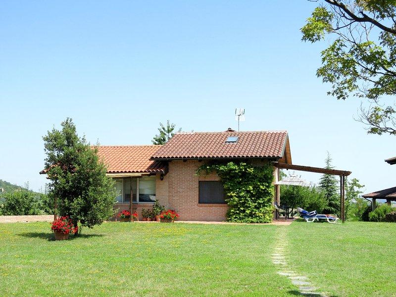 Le Rose Rosse (GRZ150), casa vacanza a Rosignano Monferrato
