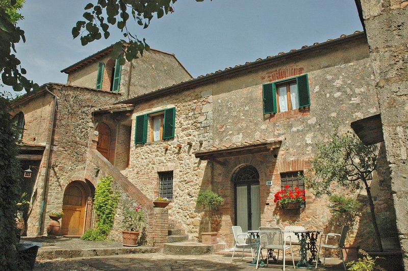 S.M. ABBADIA, vacation rental in Castellina Scalo