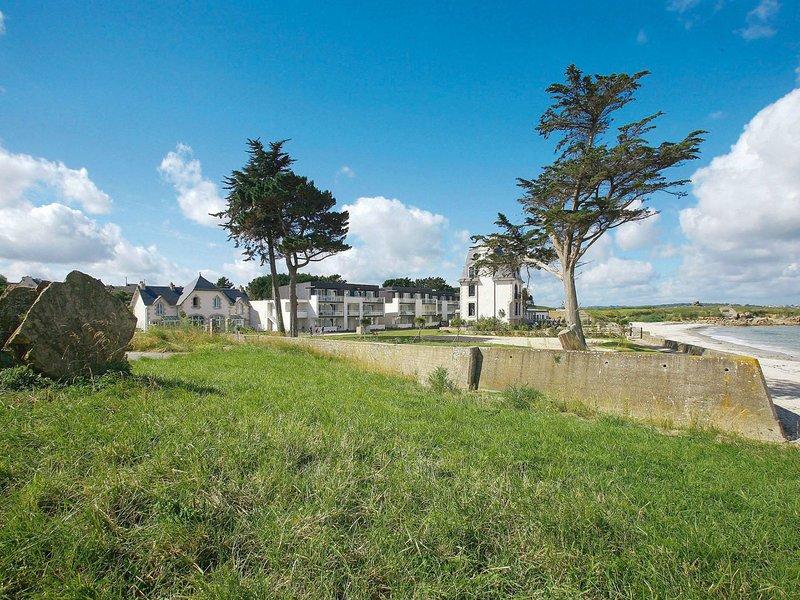 Domaine des Roches Jaunes (PLG404), location de vacances à Plougasnou
